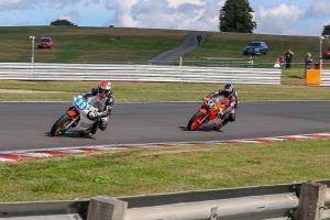007-GPORIG-OultonP-Race01-11Aug2018