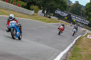 004-GPORIG-OultonP-Race02-11Aug2018