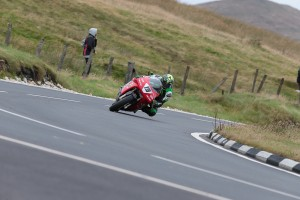 041-IOM-Superbike-ClassicTT-29August17