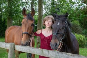 007-Molly&Horses-01June2018