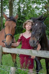009-Molly&Horses-01June2018