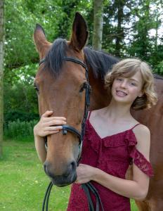 023-Molly&Horses-01June2018